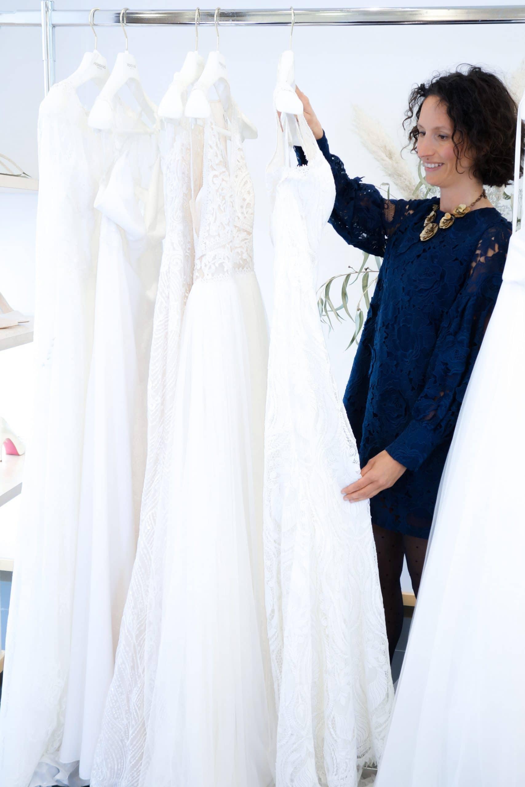 modeontwerpster bij amiga bruidsmode