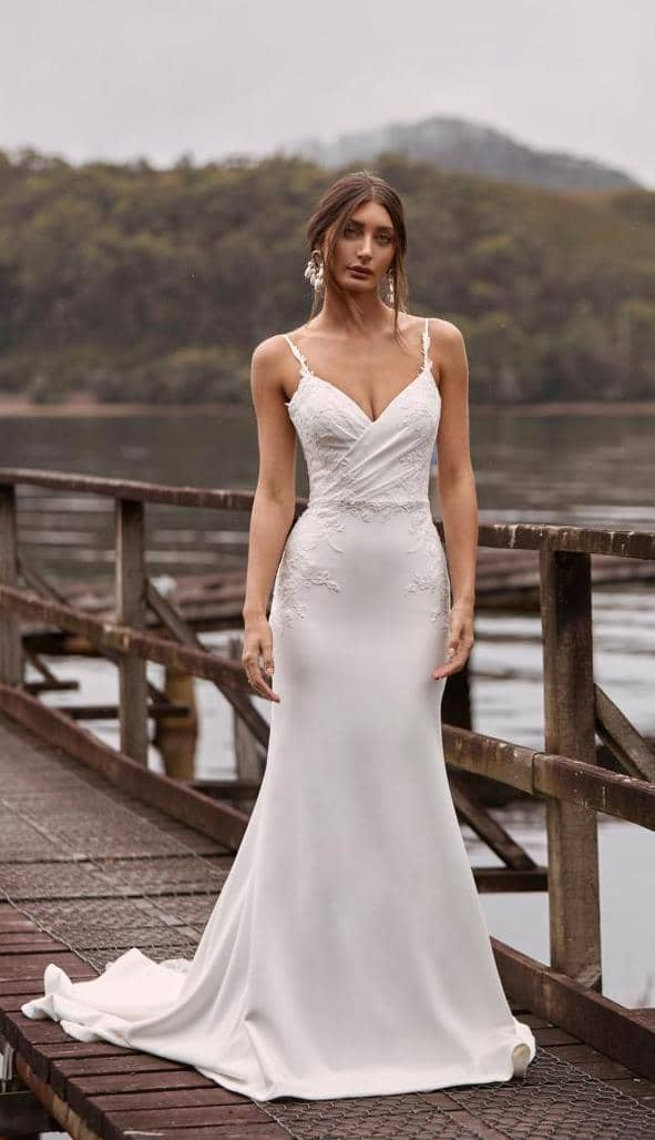 eenvoudige maar elegante trouwjurk